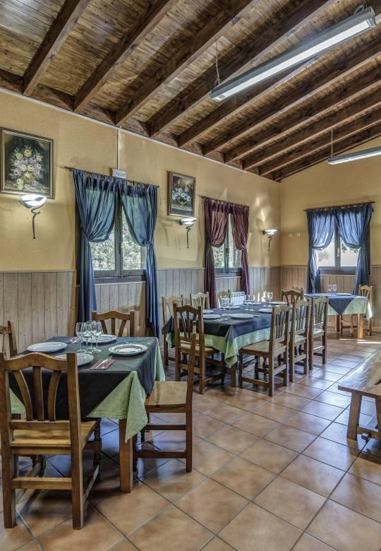 Comedor Restaurante Puerta de la Demanda en Villasur de Herreros