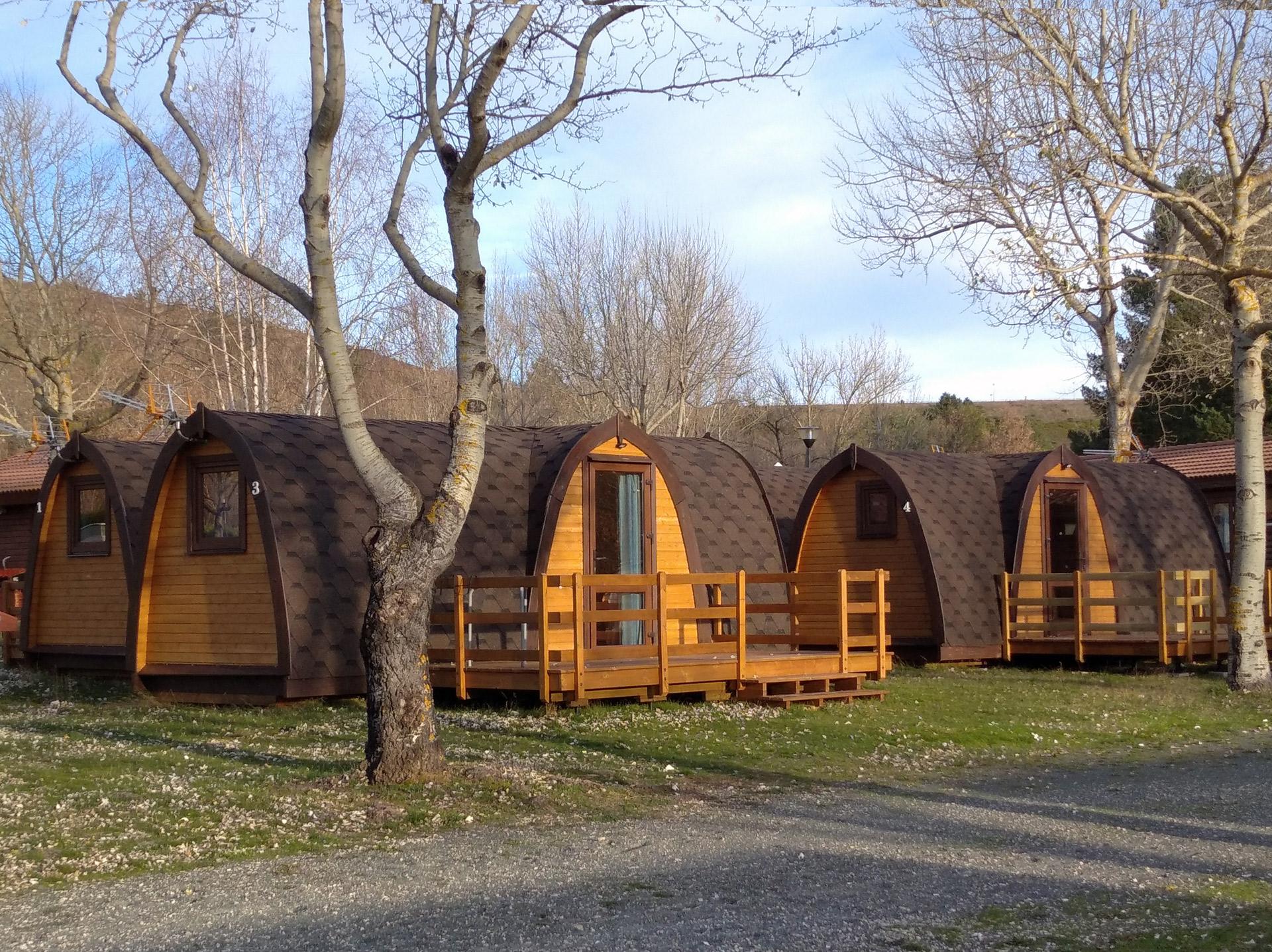 Pod de madera bungalow glamping